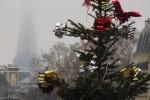 eiffel tower christmas 150x100 - Europe: Paris, Day 5