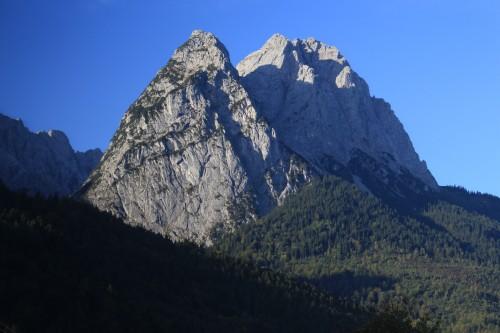 zugspitze garmisch partenkirchen 500x333 - Zugspitze + Lake Eibsee + Garmisch-Partenkirchen: Day 3