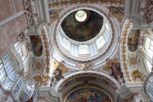 innsbruck cathedral 500x333 - A day trip to Innsbruck, Austria from Garmisch-Partenkirchen, Germany