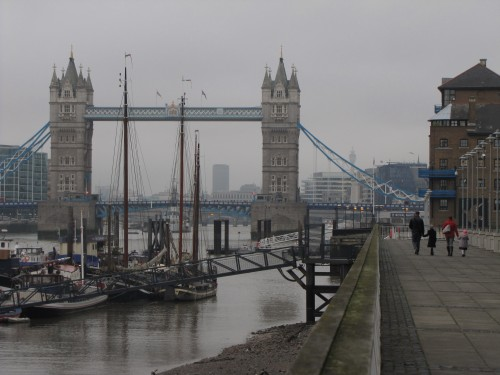 tower bridge thames london 500x375 - Travel Contests: December 2, 2015 - College football, London, Jamaica & more