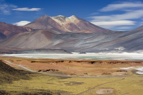 miscanti lagoon near san pedro de atacama chile luca galuzzi 2006 500x333 - Travel Contest Roundup: February 11, 2015 – Chile, Japan, Super Bowl 50 & more
