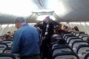 scorpion plane oregon 300x200 - Scorpion stings woman on Alaska Airlines flight