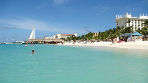 1280px aruba palm beach 500x282 - Travel Contests: October 26, 2016 - Aruba, Italy, France, & more