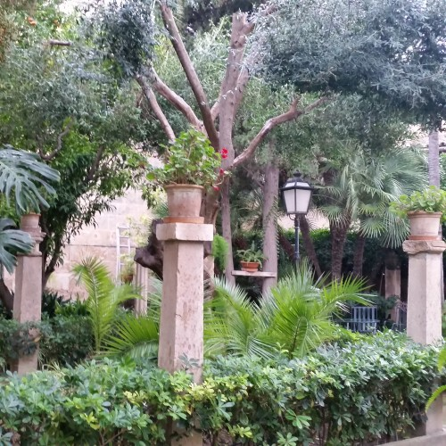 banys arabs gardens palma 500x500 - Top 10 things to do in Palma de Mallorca, Spain: Around The World