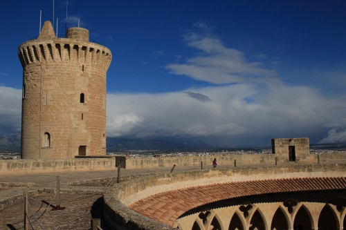 bellver castle palma 500x333 - Top 10 things to do in Palma de Mallorca, Spain: Around The World