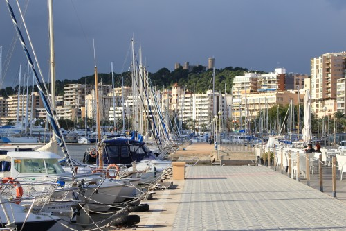 bellver castle palma harbor 500x333 - Top 10 things to do in Palma de Mallorca, Spain: Around The World