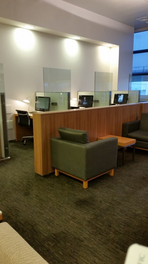 cathay-pacific-lounge-frankfurt-business-center