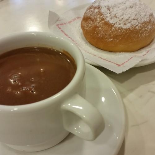 coca-de-patata-chocolate-taza-valldemossa