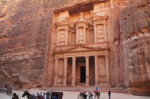 petra jordan 500x332 - Travel Contests: May 27, 2015 - Jordan, Vietnam, Australia & more