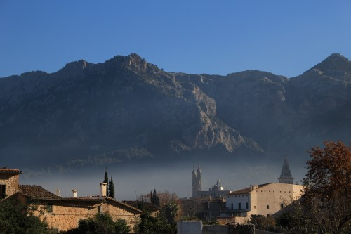 soller mallorca smoke 500x333 - A day trip from Palma to Soller, Mallorca, Spain