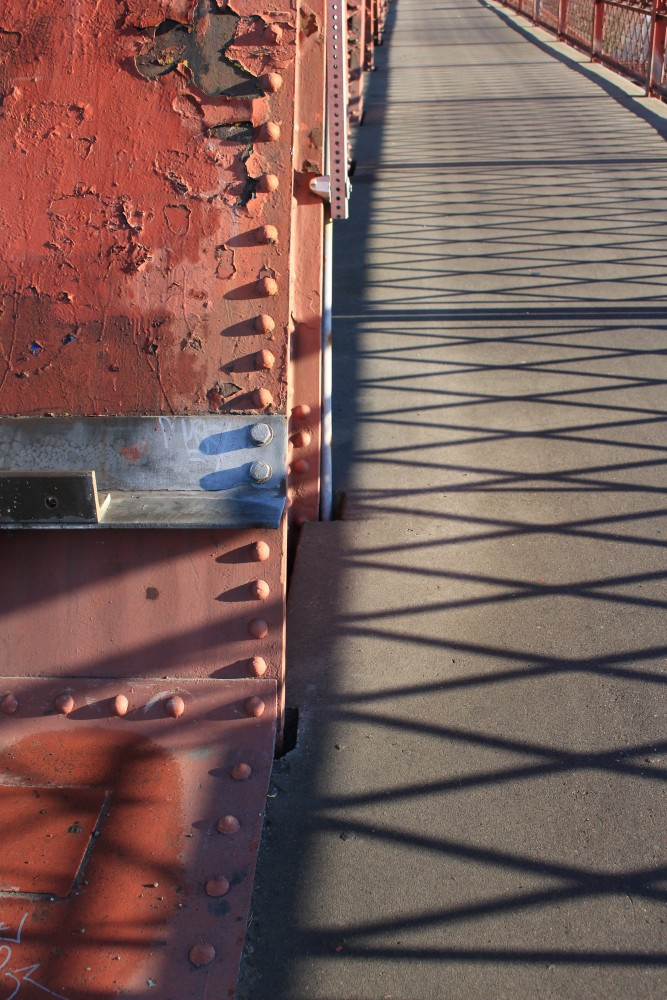 broadway bridge portland 667x1000 - Photo of the Day: Broadway Bridge, Portland, Oregon