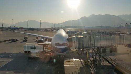 cathay pacific 777 hong kong 500x281 - Cathay Pacific Business Class 777-300 Hong Kong HKG to Tokyo Narita NRT: Around The World