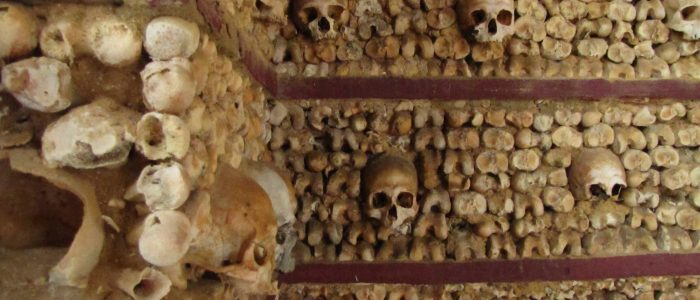 chapel of bones capela dos ossos faro 700x300 - Photo of the Day: Chapel of Bones, Faro, Portugal