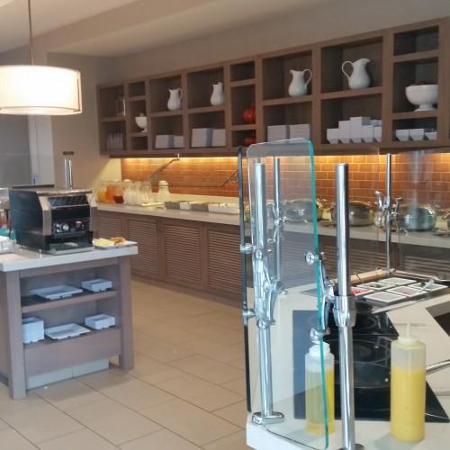 hyatt house omelet bar 500x500 - Hyatt House Pittsburgh South Side: Hotel Review
