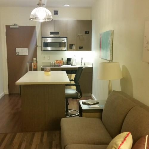 hyatt house pittsburgh kitchen 500x500 - Hyatt House Pittsburgh South Side: Hotel Review