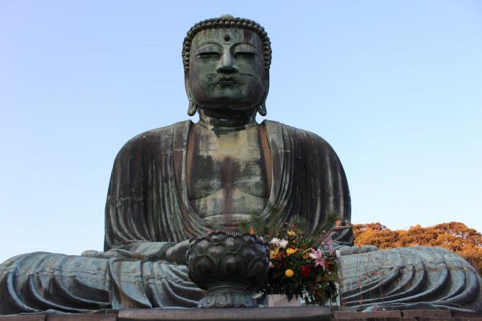 giant buddha kamakura 700x467 - A day trip to Kamakura from Tokyo, Japan