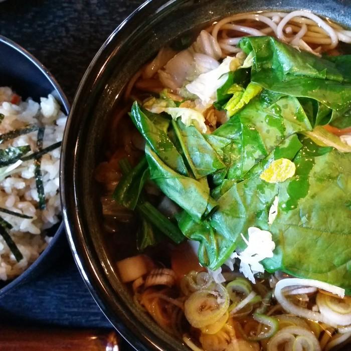 kamakuragosan noodles 700x700 - A day trip to Kamakura from Tokyo, Japan