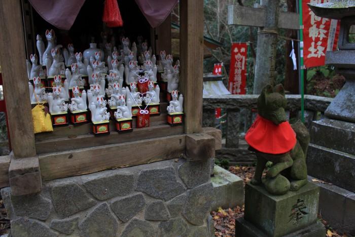 sasuke inari shrine 700x467 - A day trip to Kamakura from Tokyo, Japan