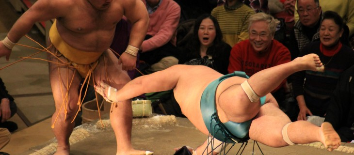 flying-sumo-wrestler