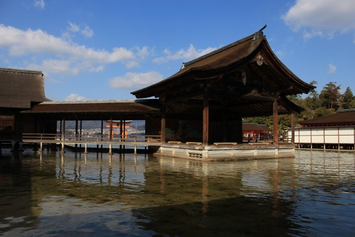 itsukushima-shrine-japan