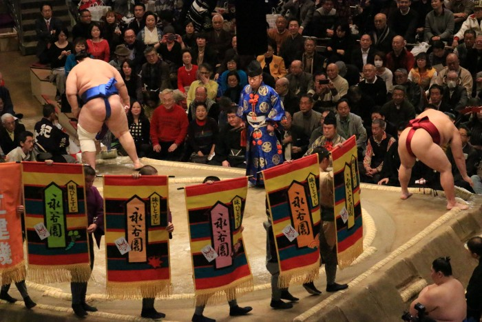 sumo banners 700x467 - Attending the Grand Sumo Tournament in Tokyo, Japan