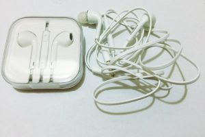earbuds 300x200 - Travel Tip: Throw extra earbuds in your travel bags