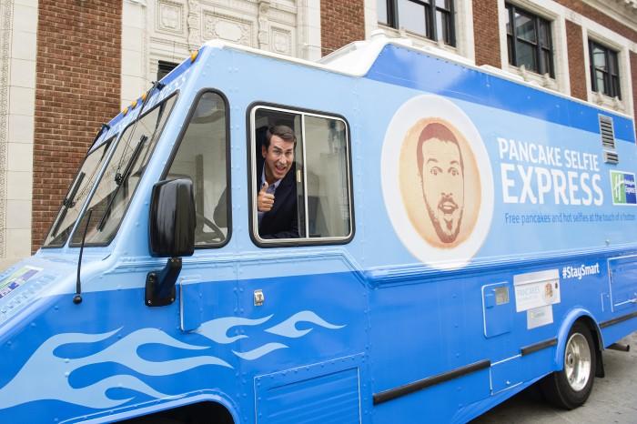 holiday inn express riggle pancake selfie express close 700x466 - Holiday Inn Express launches the Pancake Selfie Express tour