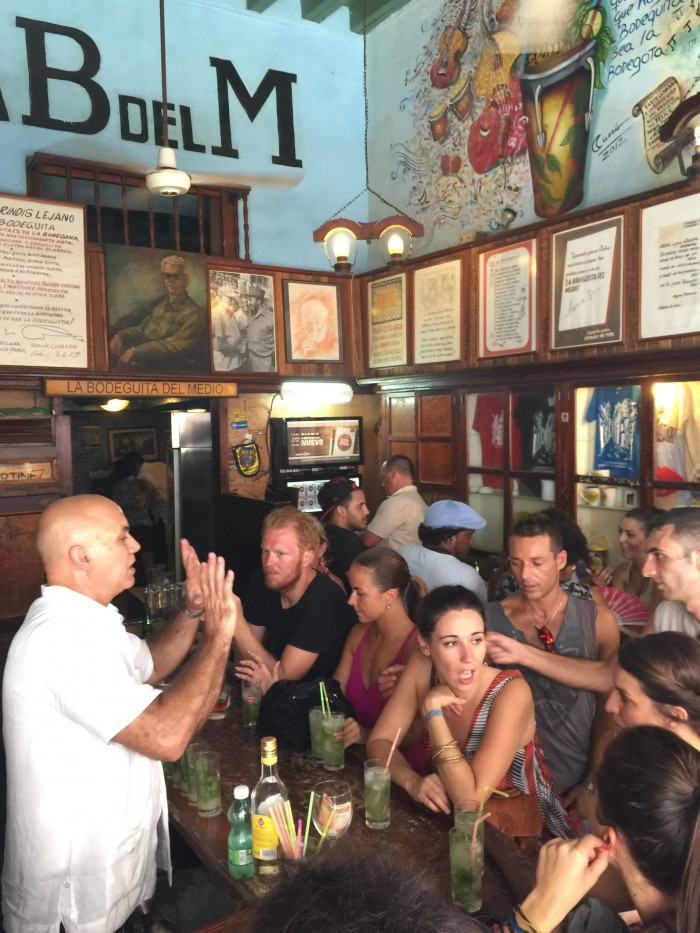 bodeguita del medio havana 700x933 - Drinking with Ernest Hemingway in the bars of Havana Vieja