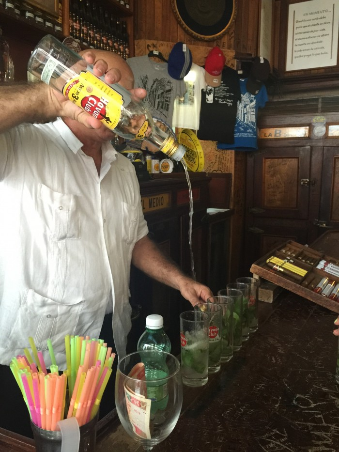 bodeguita del medio mojito 700x933 - Drinking with Ernest Hemingway in the bars of Havana Vieja