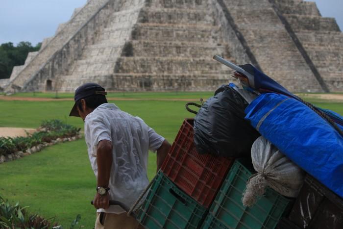chichen itza vendors 700x467 - 24 hours in Chichen Itza, Mexico