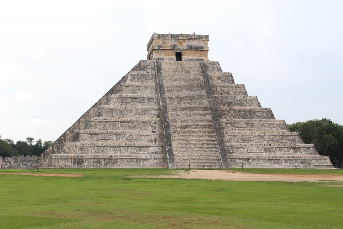 el castillo chichen itza 700x467 - Travel Contests: February 14, 2018 - Mexico, China, Paris, & more