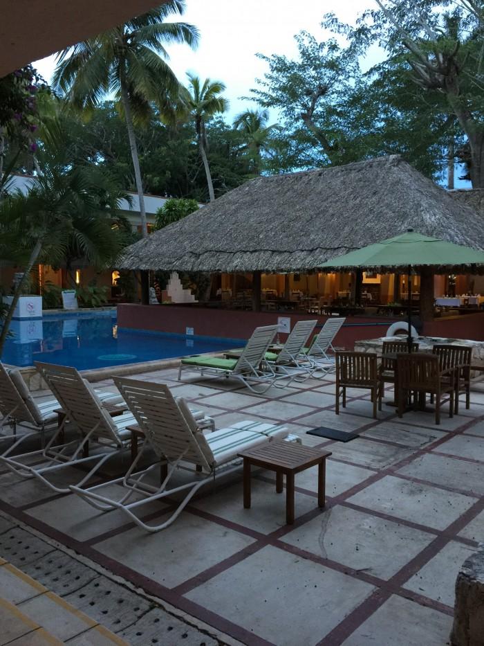 hotel villas arqueologicas chichen itza 700x933 - Hotel Villas Arqueologicas Chichen Itza, Mexico review