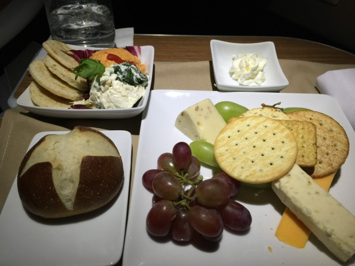 american first class meal sfo jfk 700x525 - American Airlines First Class Airbus A321T San Francisco SFO to New York JFK review