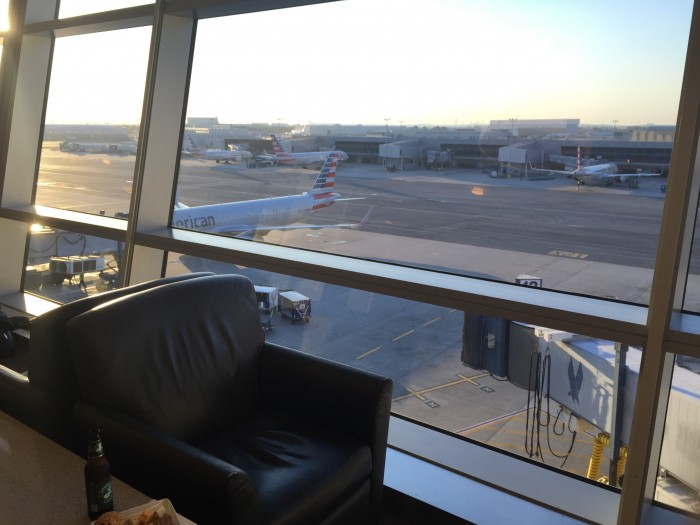 american-flagship-lounge-jfk-view
