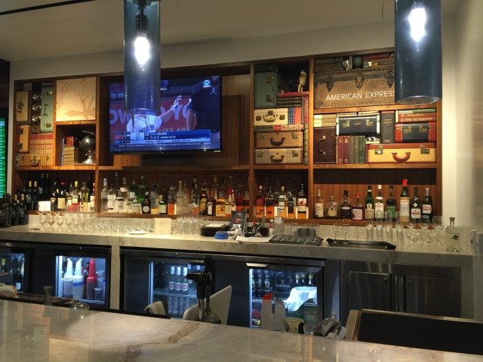 amex centurion lounge sfo bar 700x525 - American Express Centurion Lounge San Francisco SFO review