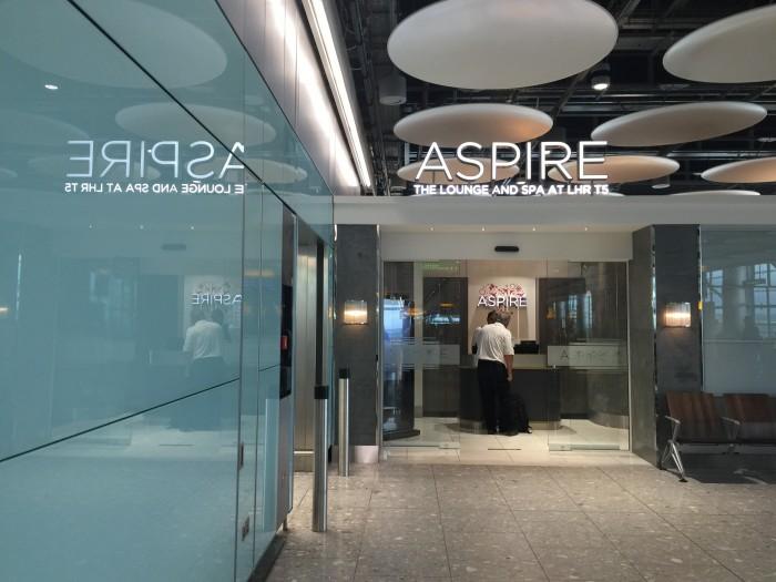 aspire lounge heathrow 700x525 - Aspire Lounge London Heathrow LHR Terminal 5 review