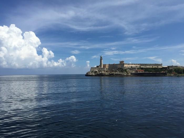 castillo de los tres reyes del morro 700x525 - Top 10 things to do in Havana Vieja, Cuba