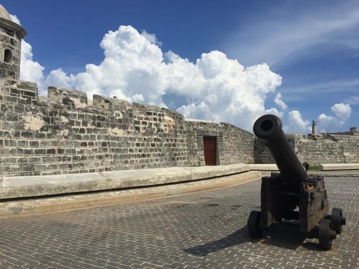 castillo de san salvador de la punta 700x525 - Top 10 things to do in Havana Vieja, Cuba