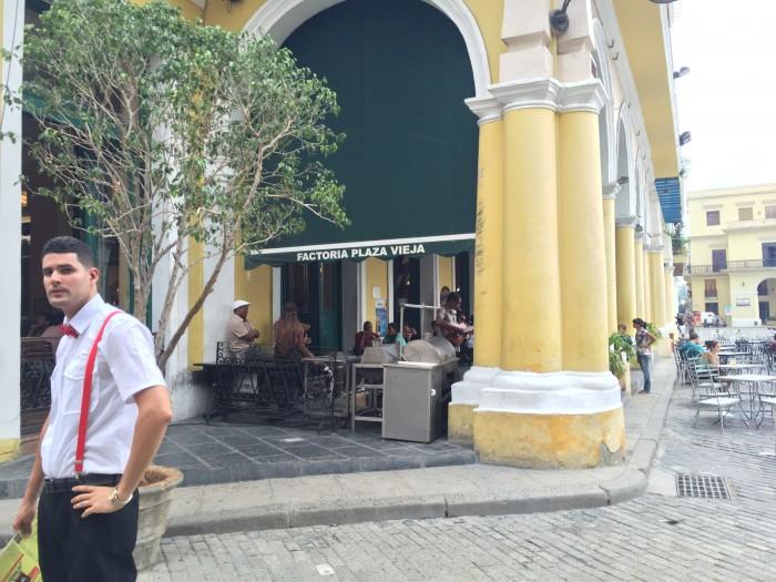fabrica plaza vieja 700x525 - The best craft beer in Havana, Cuba