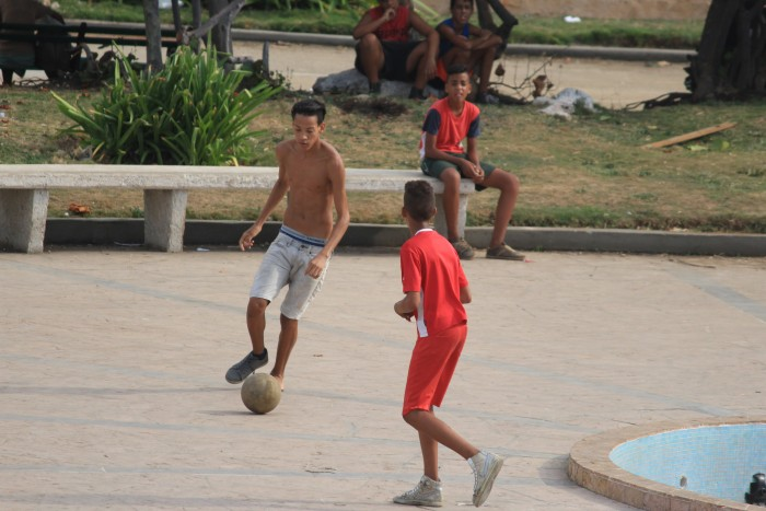 playing soccer havana 700x467 - A guide to visiting Fusterlandia in Havana, Cuba