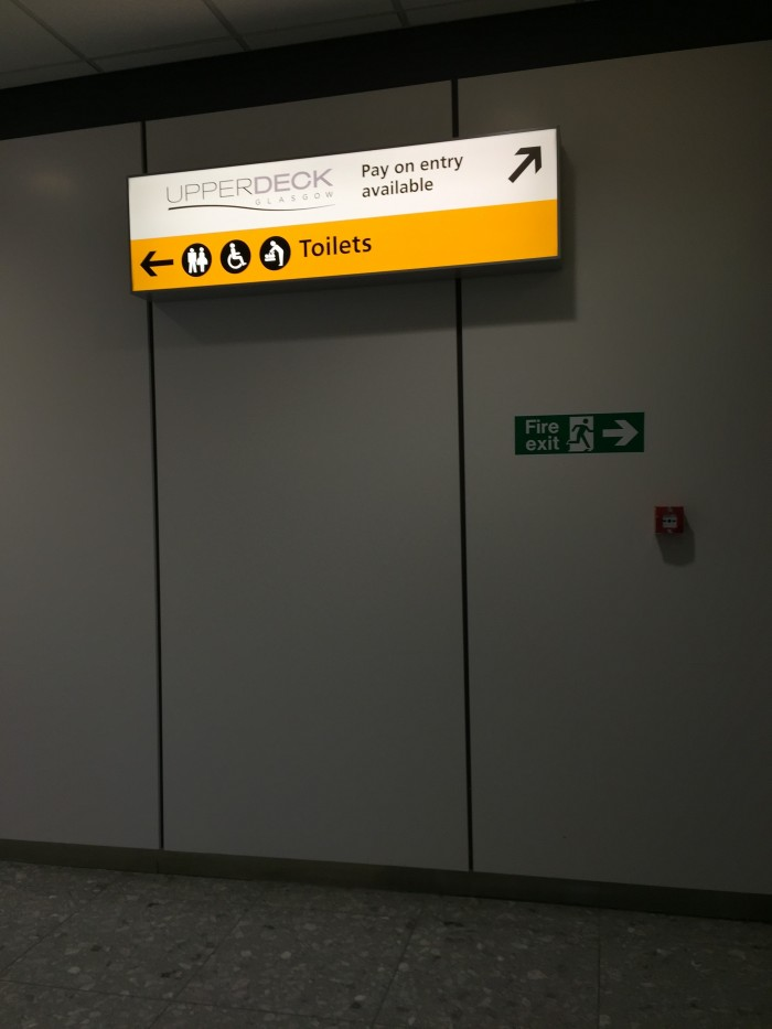 upperdeck lounge 700x933 - Upperdeck Airport Lounge Glasgow GLA review
