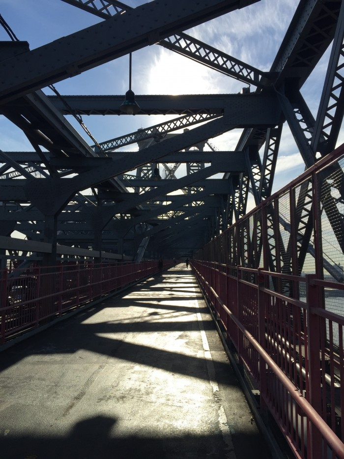 williamsburg bridge 700x933 - A quick layover in New York City from JFK airport - wandering, bagels, & pizza