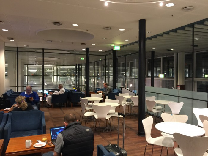 aviator lounge cph 700x525 - Aviator Airport Lounge - Copenhagen CPH review