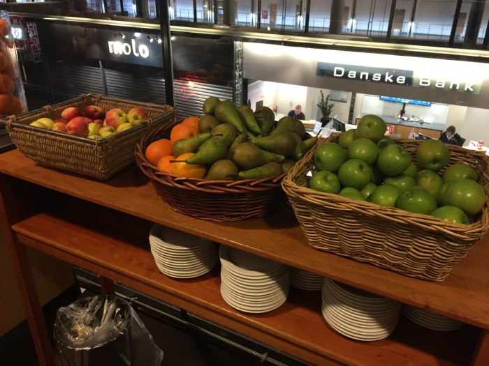 aviator lounge fruit 700x525 - Aviator Airport Lounge - Copenhagen CPH review
