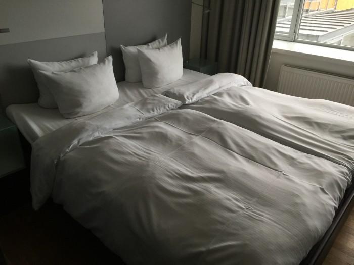 hotel skt petri bed 700x525 - Hotel Skt. Petri Copenhagen, Denmark review