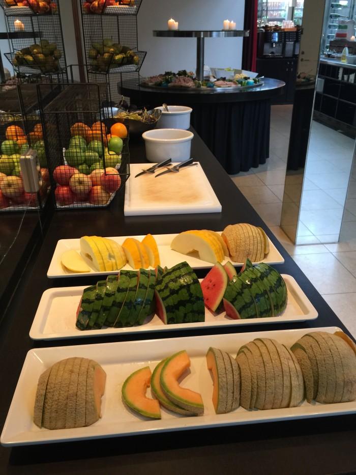 hotel skt petri fruit 700x933 - Hotel Skt. Petri Copenhagen, Denmark review