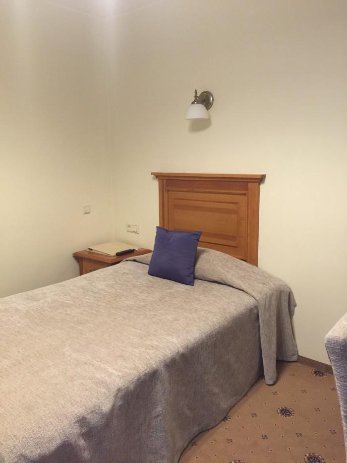 radi un draugi bed 700x933 - Radi Un Draugi Hotel Riga, Latvia review