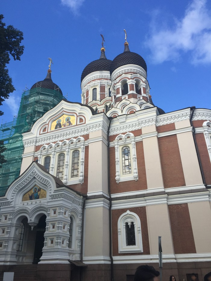 alexander nevsky cathedral 700x933 - Exploring the views of the Old Town Tallinn, Estonia