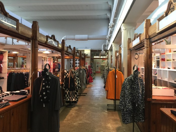 Hakaniemi-Market-stalls