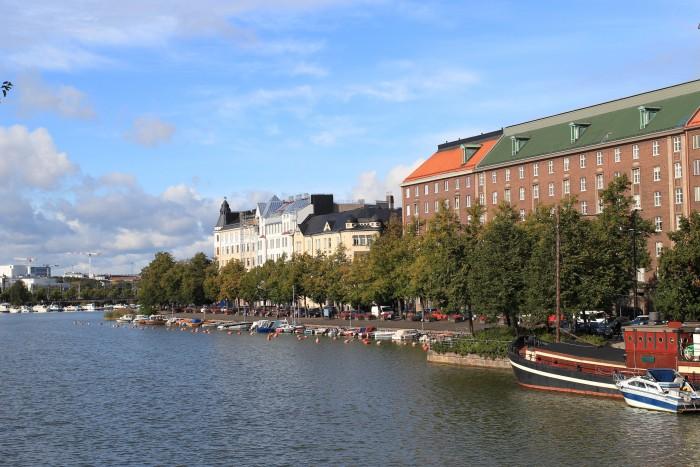 helsinki finland 700x467 - Exploring the food markets & city centre of Helsinki, Finland